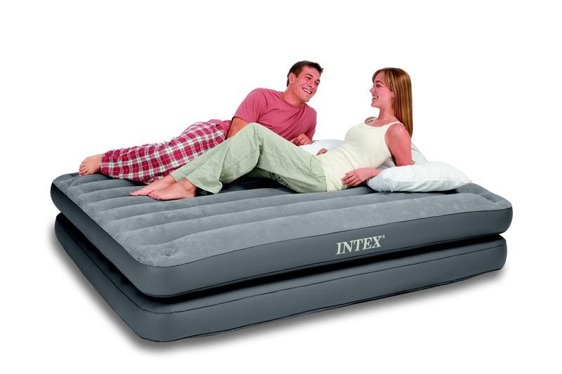 Двуспальный надувной матрас