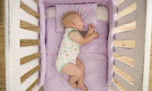 Матрас для кроватки новорожденного