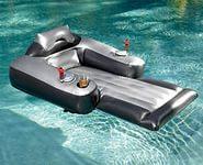 Пляжный надувной матрас-кресло