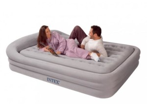 Надувной двуспальный матрас