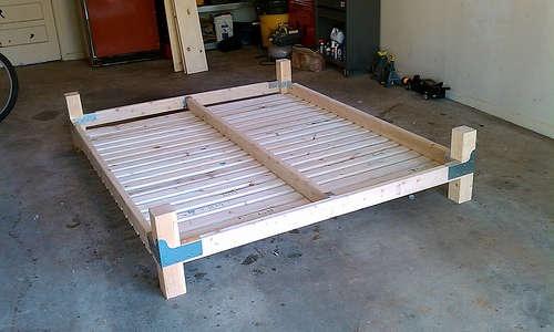 Основание для кровати из дерева